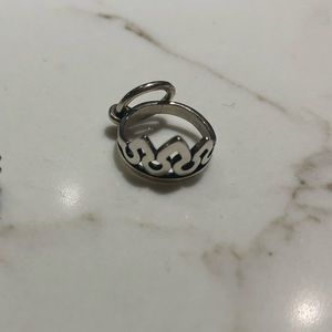 Authentic James Avery silver crown charm.
